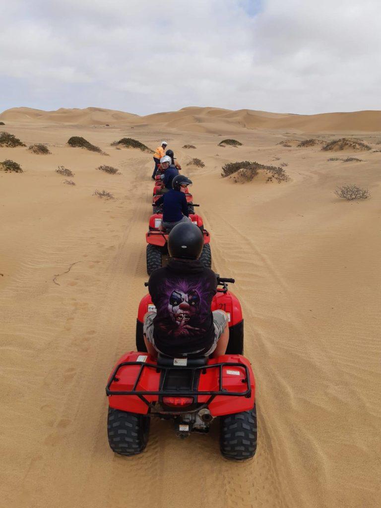 AC Namibie a výprava na řeku Kunene 2020 - poušt Namib a písečné duny na čtyřkolkách